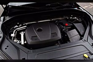 نمای موتور ولوو xc90
